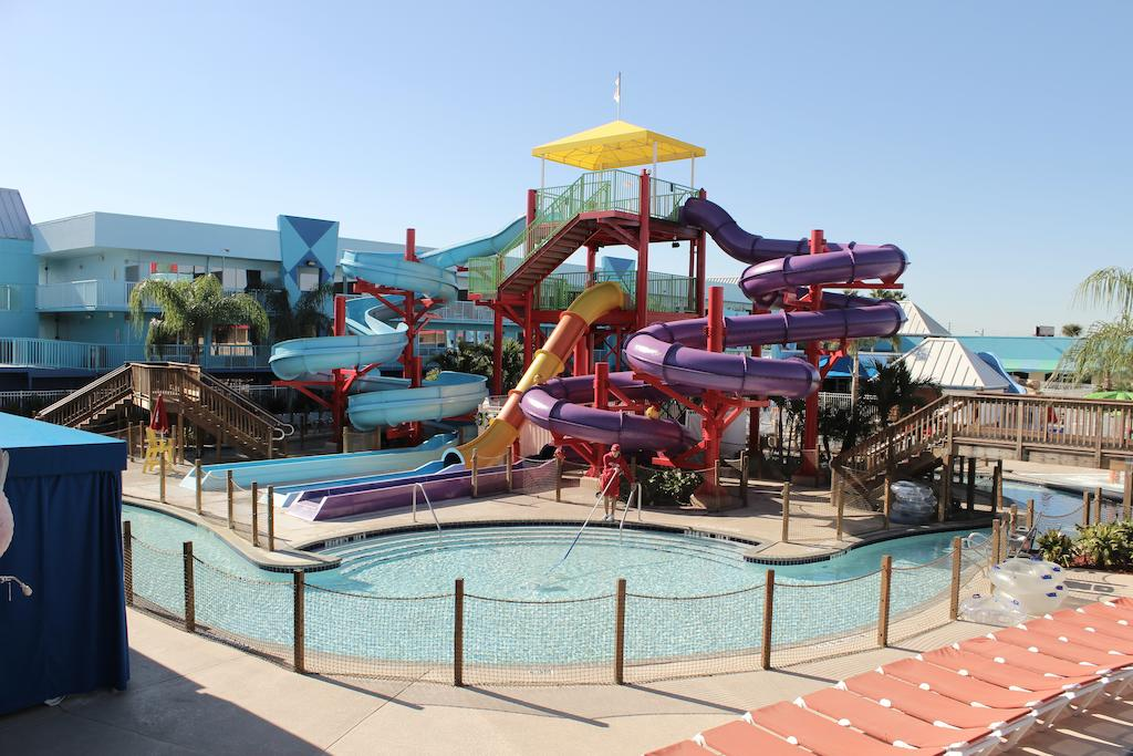 assets/category/1522065408_Flamingo Waterpark Resort 1.jpg
